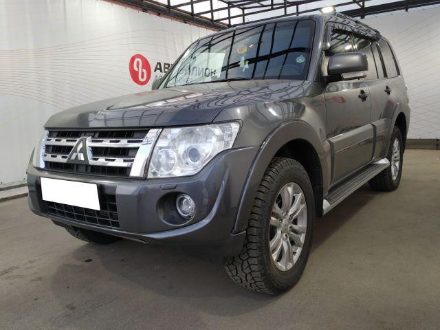 Купить б/у Mitsubishi Pajero, 2013 год, 178 л.с. в Петрозаводске