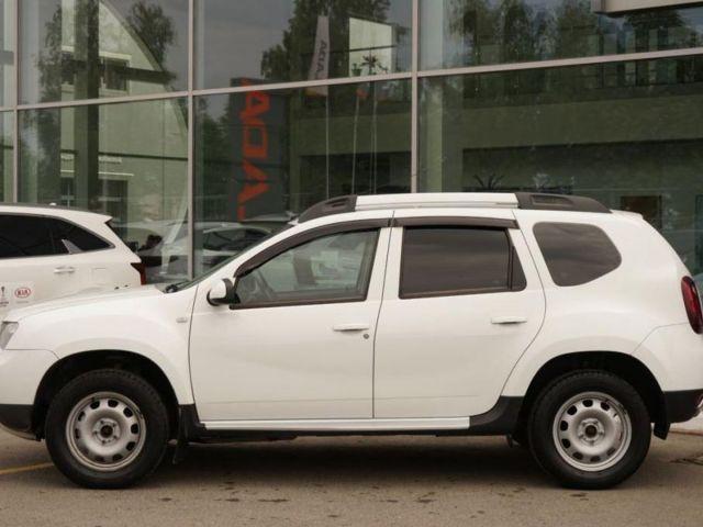 Купить б/у Renault Duster, 2016 год, 114 л.с. в России