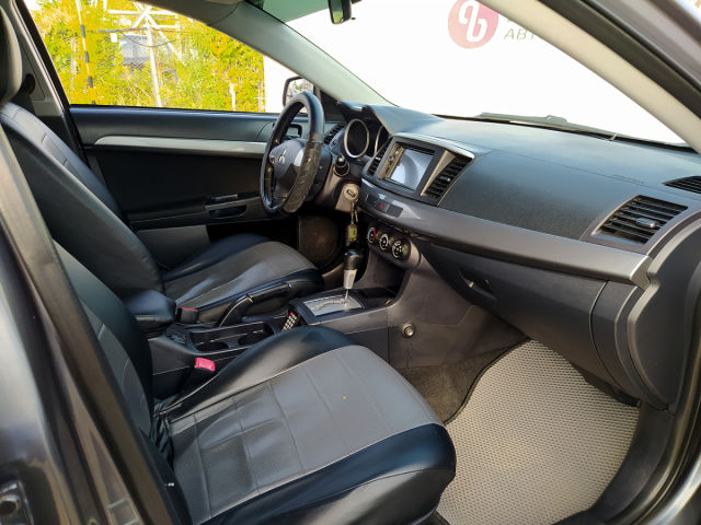 Купить б/у Mitsubishi Lancer, 2010 год, 109 л.с. в России