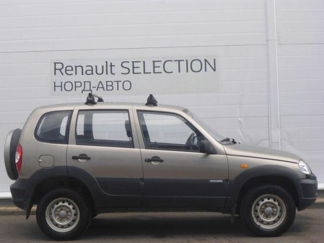 Купить б/у Chevrolet Niva, 2011 год, 80 л.с. в России