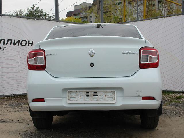 Купить б/у Renault Logan, 2017 год, 106 л.с. в России