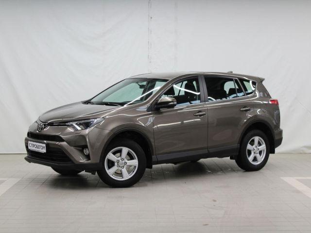 Купить б/у Toyota RAV4, 2016 год, 146 л.с. в России