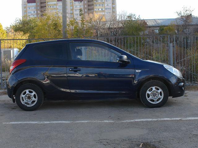 Купить б/у Hyundai i20, 2010 год, 100 л.с. в России